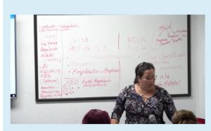 profesor en vivo en examen simulador en español